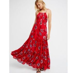 Free People | garden partyred floral maxi dress L